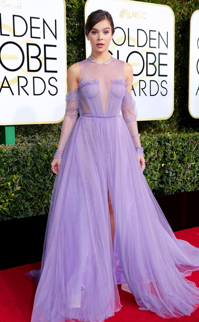 2017 Golden Globes Red Carpet Arrivals Hailee Steinfeld, 2017 Golden Globes, Arrivals