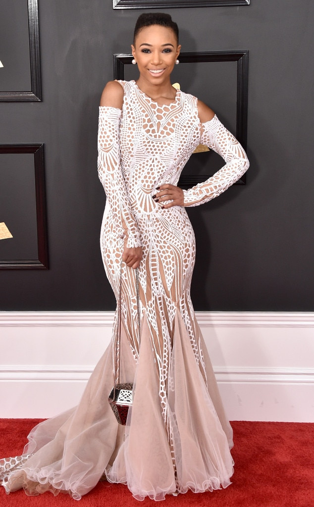 Grammys 2017 Red Carpet Arrivals Kriss Mince, 2017 Grammys, Arrivals
