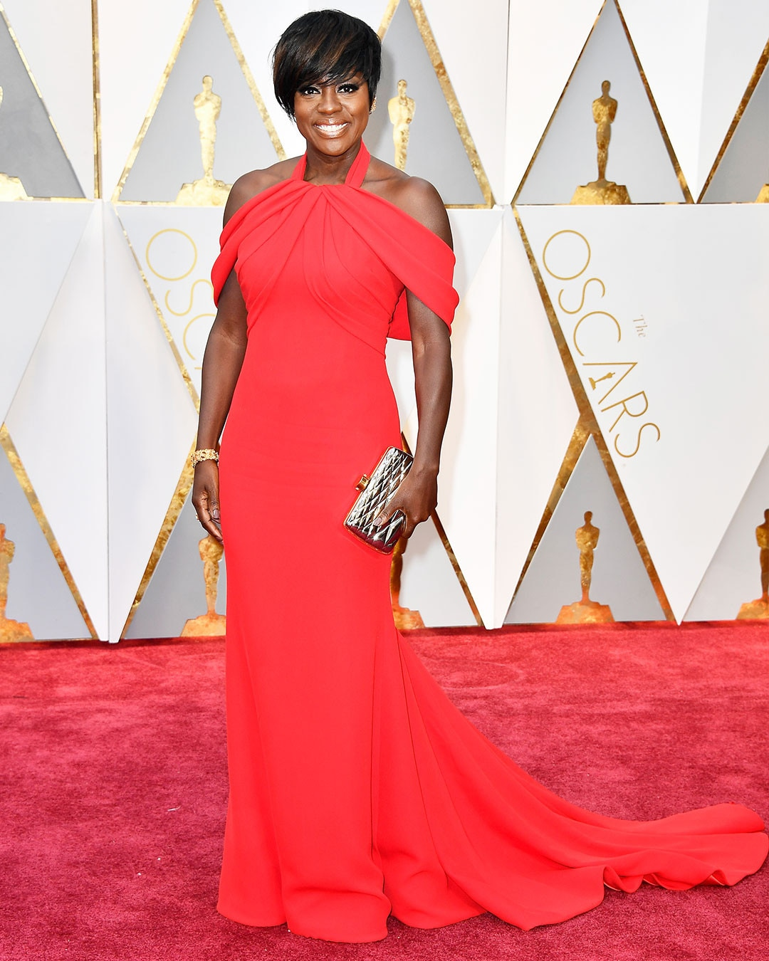 https://i2.wp.com/akns-images.eonline.com/eol_images/Entire_Site/2017126/rs_1080x1350-170226165527-1080.Viola-Davis-Oscars-Hollywood.kg.022617.jpg