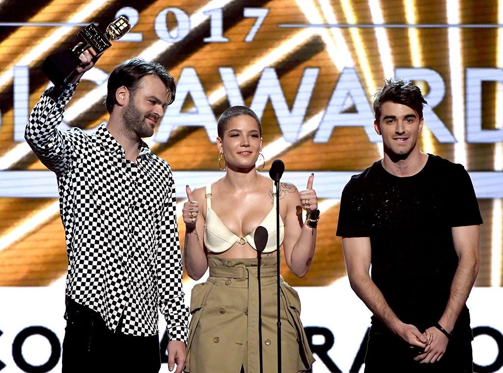 Chainsmokers, Halsey, 2017 Billboard Music Awards, Winner