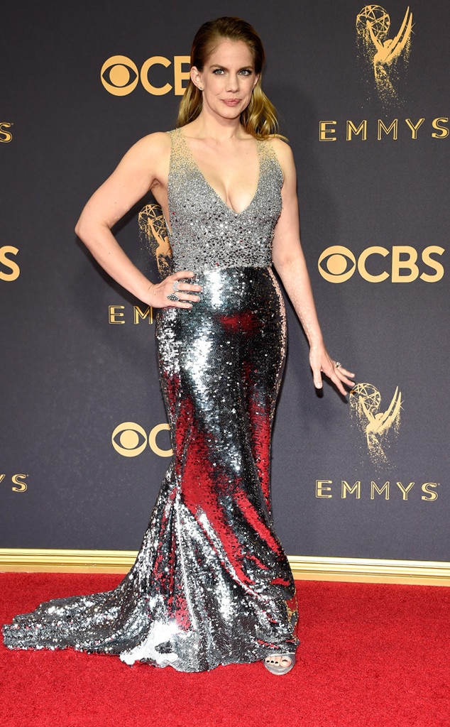 2017 Emmys Red Carpet Arrivals Anna Chlumsky, 2017 Emmy Awards, Arrivals