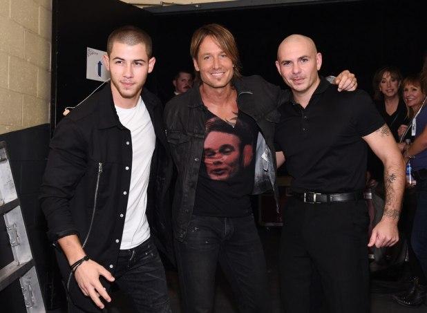 Nick Jonas, Keith Urban, Pitbull