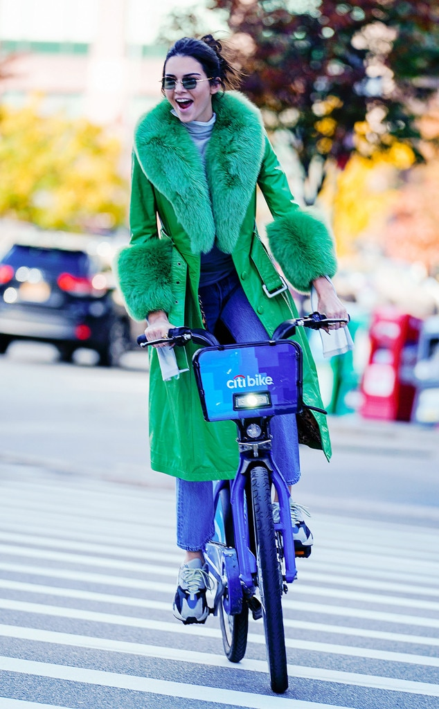 ESC: Kendall Jenner, Street Style