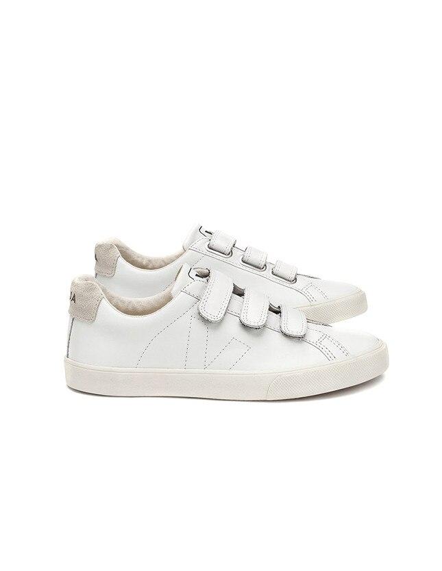 ESC: Sneakers