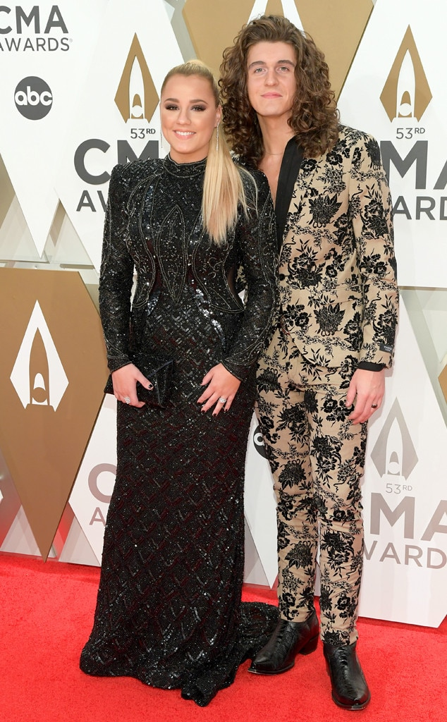 Gabby Barrett, Cade Foehner, 2019 CMA Awards, Red Carpet Fashion, Couples