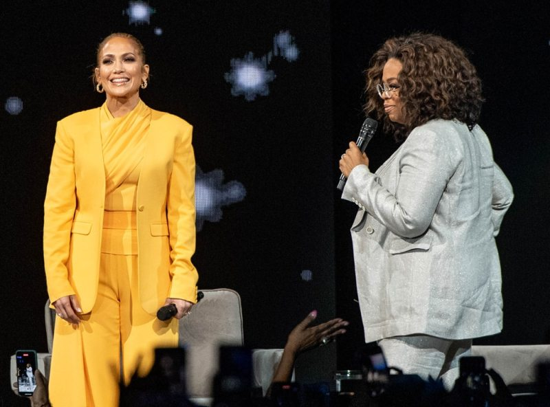 Jennifer Lopez, Oprah Winfrey