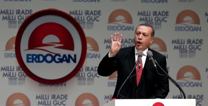 Erdoganova premijerska era obilježena je i nekim, nimalo beznačajnim kontroverzama [EPA]