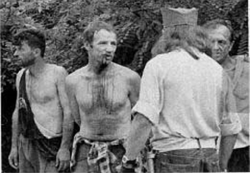 Sudbina zarobljenih i pretučenih Bošnjaka: Otkrivamo kako je nastala čuvena fotografija iz Zvornika