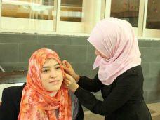 Walk-Mile-in-Hijab-Loyola-Univ-Facebook-640x480