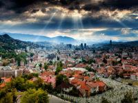 Sarajevo ima povoljan geografski položaj, ali za razvoj turizma potrebno je mnogo ulaganja