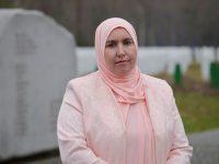 Begija Smajić, prva žena s hidžabom u NSRS: Cvijet Srebrenice nosit ću i dalje