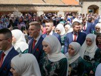 Gazi Husrev-begova medresa ispratila 469. generaciju maturanata i 37. maturantica