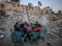 Ramazan u Gazi: Iftar na ruševinama zgrada