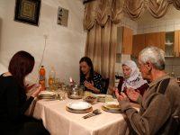 Iftar u porodici Karahodžić u Glamoču: