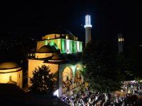 Muslimani obilježavaju Lejletu-l-kadr: Noć vrednija od hiljadu mjeseci