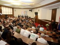 Hrvatski sabor: Obilježena 24. godišnjica genocida u Srebrenici