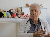 Dr. Avdo Hasanović: Operacije u ratnoj bolnici u Srebrenici obavljane bez anestezije, nedostajalo i lijekova i hrane