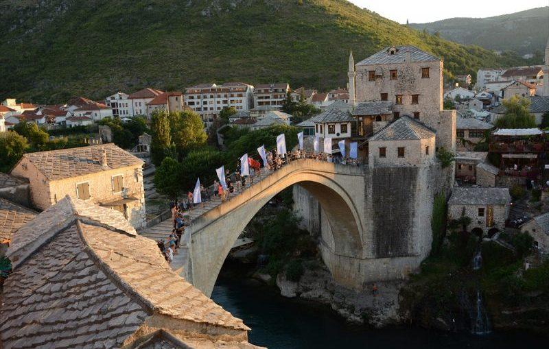 """""""Mostar ne zaboravlja prijatelje"""""""
