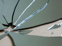Praznovjerja među Bošnjacima: Znak nesreće – razbijeno ogledalo
