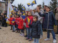 Na Humu podignuta zastava BiH: Ovo je dan kada je potvrđena i obnovljena državnost BiH