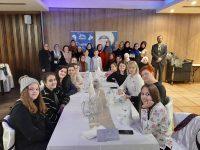 Udruženje Svitanje dovelo 15 učenika iz povratničkih mjesta na raspust u Sarajevo