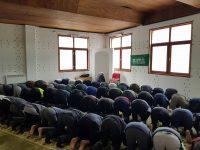 IZ organizovala džumu u privremenim centrima za migrante