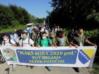 """Krenuo Marš mira: Preživjeli Srebreničani odaju počast ubijenim i sjećaju se """"puta smrti"""""""