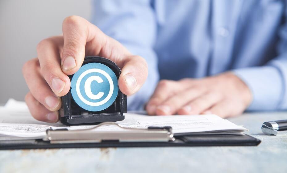 Čo je to copyright a ako napísať jeho symbol pomocou klávesovej skratky?