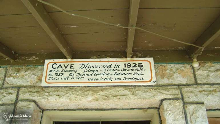 Bluff Dweller's Cavern Discovered 1925