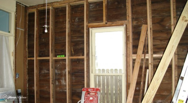 Craft room wall still in disrepair
