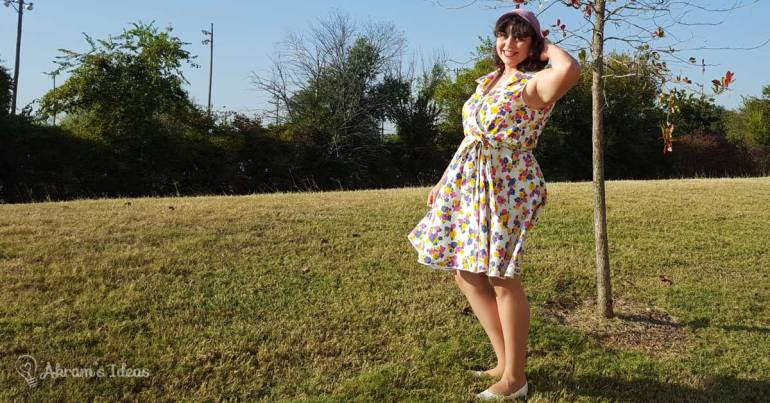 I'm having just too much fun in this dress