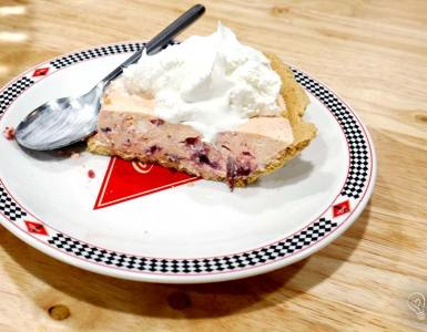 Try a twist on holiday classic orange cranberry relish with this recipe for whipping it up into a no-bake creampie