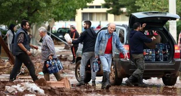 Εμπόδισαν τον Δήμο Τρίπολης να στείλει πόσιμο νερό και αποφρακτικό μηχάνημα για βοήθεια των κατοίκων της Μάντρας