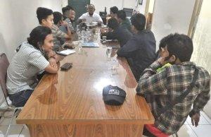 Audensi KBM bersama Wakil Rektor III Bidang Kemahasiswaan Unbari, Jambi. Foto: AksesJambi.com