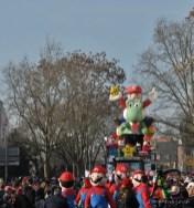 Ein große Truppe Super Marios