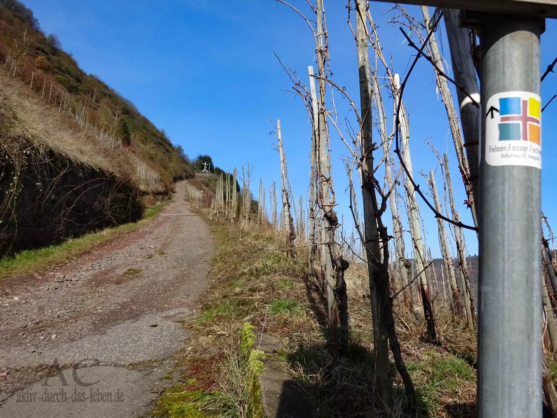Heute mal ein Seitensprung beim Wandern – Felsen.Fässer.Fachwerk.
