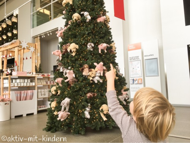 Der Weihnachtsbaum bei IKEA