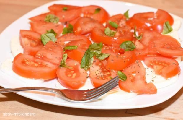 Abendessen Tomate Mozzarella