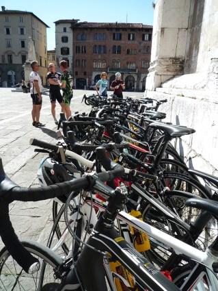 torg-fullt-av-sykler-1000pxl