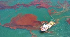 Limbah minyak diketahui sudah mencemari kawasan wisata Kepulauan Riau (Foto: ilustrasi limbah minyak)