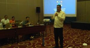 Wakil Wali Kota Bekasi, Tri Adhianto mengatakan program smart city tata kelola persampahan ini akan diterapkan oleh Dinas lingkungan Hidup Kota Bekasi bersama Waste4Change.