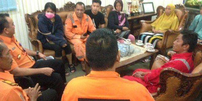 Dua nelayan asal Samarinda yang berhasil diselamatkan