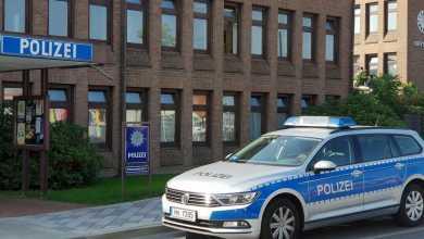 Photo of Autofahrer übersieht Joggerin und verletzt sie schwer