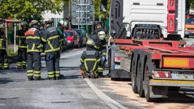 Photo of Stau nach Unfall auf der Georg-Heyken Straße