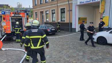 Photo of Lackiererei in Heimfeld brennt – Mehrere verletzte Personen