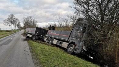 Photo of LKW gerät in den Seitenraum – Polizei sucht Fahrer von weißem Transporter