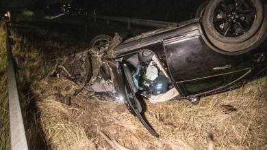 Photo of Mutmaßlicher Autodieb flüchtet nach Unfall