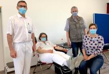 Bild von Knappes Gut in Corona-Zeiten: Mitarbeiter der Elbe Kliniken spenden Blut
