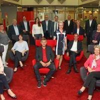 31 Mitarbeiter der Sparkasse Harburg-Buxtehude feiern ihr Dienstjubiläum