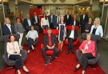Photo of 31 Mitarbeiter der Sparkasse Harburg-Buxtehude feiern ihr Dienstjubiläum